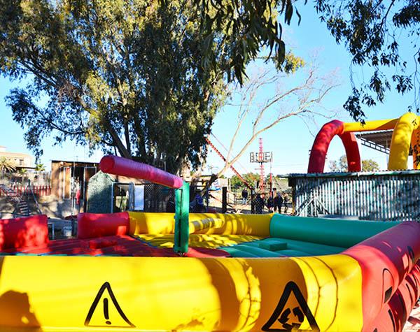 Circuito Wipeout : Gymkana wipeout despedidas y eventos mojacar